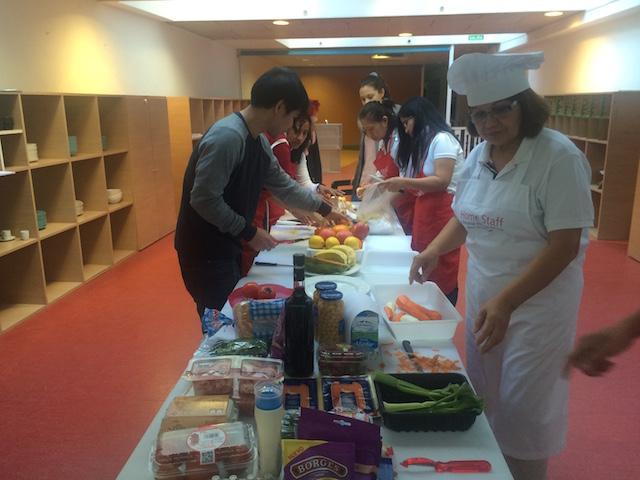 Home staff taller comida de navidad curso de cocina for Curso cocina profesional pdf