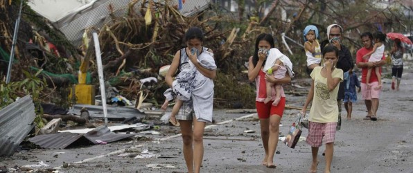Yolanda Typhoon Emergency. We collect clothes and blankets for the Philippines