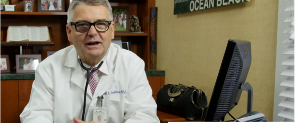Un truco para que los bebés dejen de llorar por el pediatra Dr. Hamilton